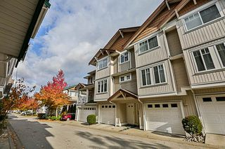 """Photo 2: 41 12711 64 Avenue in Surrey: West Newton Townhouse for sale in """"Palette on the Park"""" : MLS®# R2219294"""