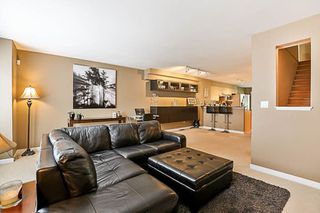 """Photo 10: 41 12711 64 Avenue in Surrey: West Newton Townhouse for sale in """"Palette on the Park"""" : MLS®# R2219294"""