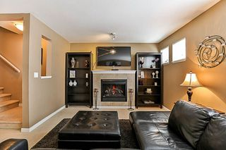 """Photo 9: 41 12711 64 Avenue in Surrey: West Newton Townhouse for sale in """"Palette on the Park"""" : MLS®# R2219294"""