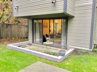 """Photo 15: 101 225 MOWAT Street in New Westminster: Uptown NW Condo for sale in """"THE WINDSOR"""" : MLS®# R2221098"""