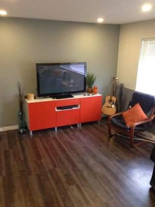 Photo 3: 104 2055 SUFFOLK AVENUE in Port Coquitlam: Glenwood PQ Condo for sale : MLS®# R2238454