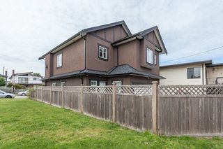 Photo 18: 2373 E 33RD Avenue in Vancouver: Collingwood VE House for sale (Vancouver East)  : MLS®# R2253365