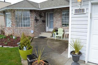 Photo 2: 32221 ROGERS Avenue in Abbotsford: Abbotsford West House for sale : MLS®# R2250216