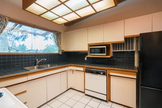 Photo 9: 2289 ROSEWOOD Drive in Abbotsford: Central Abbotsford House for sale : MLS®# R2254098