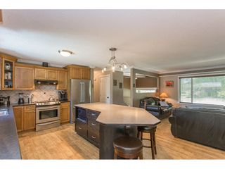 Photo 6: 24117 55 Avenue in Langley: Salmon River House for sale : MLS®# R2269240