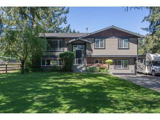 Photo 1: 24117 55 Avenue in Langley: Salmon River House for sale : MLS®# R2269240