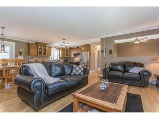 Photo 9: 24117 55 Avenue in Langley: Salmon River House for sale : MLS®# R2269240