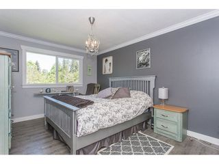 Photo 10: 24117 55 Avenue in Langley: Salmon River House for sale : MLS®# R2269240