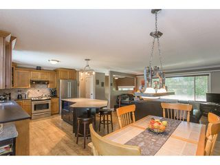 Photo 5: 24117 55 Avenue in Langley: Salmon River House for sale : MLS®# R2269240