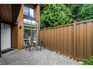 "Photo 2: 118 2533 MARCET Court in Abbotsford: Abbotsford East Townhouse for sale in ""Old Yale Estates"" : MLS®# R2282385"