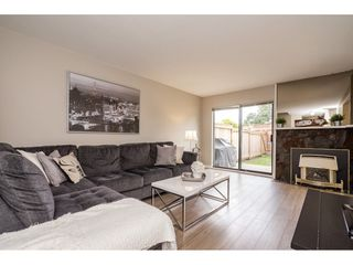 "Photo 13: 118 2533 MARCET Court in Abbotsford: Abbotsford East Townhouse for sale in ""Old Yale Estates"" : MLS®# R2282385"