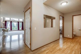 Photo 5: 153 TUSCANY HILLS Point(e) NW in Calgary: Tuscany House for sale : MLS®# C4187217