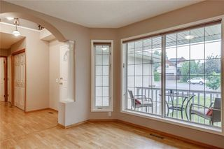 Photo 2: 153 TUSCANY HILLS Point(e) NW in Calgary: Tuscany House for sale : MLS®# C4187217