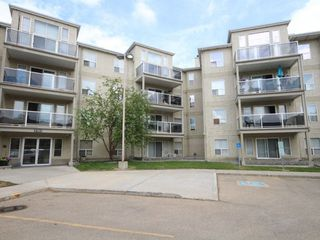 Main Photo:  in Edmonton: Zone 20 Condo for sale : MLS®# E4118443