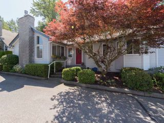"Photo 2: 104 1744 128 Street in Surrey: Crescent Bch Ocean Pk. Townhouse for sale in ""BENTLEY WYND"" (South Surrey White Rock)  : MLS®# R2282650"