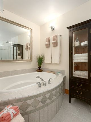 """Photo 13: 210 FURRY CREEK Drive: Furry Creek House for sale in """"FURRY CREEK"""" (West Vancouver)  : MLS®# R2286105"""