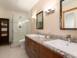 """Photo 12: 210 FURRY CREEK Drive: Furry Creek House for sale in """"FURRY CREEK"""" (West Vancouver)  : MLS®# R2286105"""