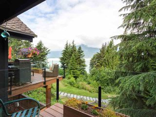 """Photo 11: 210 FURRY CREEK Drive: Furry Creek House for sale in """"FURRY CREEK"""" (West Vancouver)  : MLS®# R2286105"""