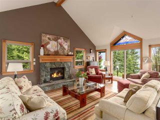 """Photo 4: 210 FURRY CREEK Drive: Furry Creek House for sale in """"FURRY CREEK"""" (West Vancouver)  : MLS®# R2286105"""
