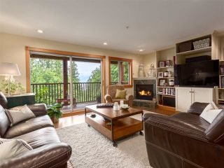 """Photo 14: 210 FURRY CREEK Drive: Furry Creek House for sale in """"FURRY CREEK"""" (West Vancouver)  : MLS®# R2286105"""