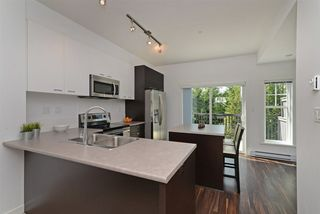 """Photo 6: 51 3010 RIVERBEND Drive in Coquitlam: Coquitlam East Townhouse for sale in """"WESTWOOD"""" : MLS®# R2292574"""
