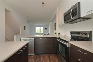 """Photo 4: 51 3010 RIVERBEND Drive in Coquitlam: Coquitlam East Townhouse for sale in """"WESTWOOD"""" : MLS®# R2292574"""