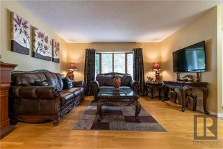 Photo 3: 30 Beaupre Bay in Winnipeg: Island Lakes Residential for sale (2J)  : MLS®# 1821746
