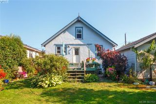 Photo 23: 2059 Newton St in VICTORIA: OB Henderson Single Family Detached for sale (Oak Bay)  : MLS®# 795691