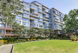 "Photo 1: 405 518 MOBERLY Road in Vancouver: False Creek Condo for sale in ""NEWPORT QUAY"" (Vancouver West)  : MLS®# R2305828"