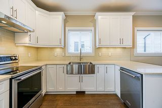 Photo 4: 1761 MORGAN Avenue in Port Coquitlam: Central Pt Coquitlam House for sale : MLS®# R2309650