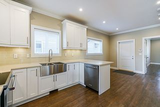 Photo 3: 1761 MORGAN Avenue in Port Coquitlam: Central Pt Coquitlam House for sale : MLS®# R2309650