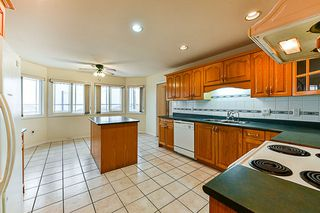 Photo 10: 7931 12TH Avenue in Burnaby: East Burnaby House for sale (Burnaby East)  : MLS®# R2319322