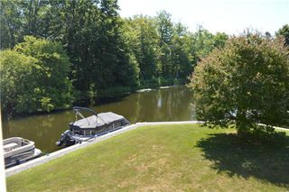 Photo 2: 21 21 Laguna Parkway in Ramara: Brechin Condo for sale : MLS®# S4295213