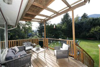 Photo 16: 41651 COTTONWOOD Road in Squamish: Brackendale House for sale : MLS®# R2329962
