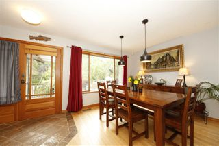 Photo 5: 41651 COTTONWOOD Road in Squamish: Brackendale House for sale : MLS®# R2329962