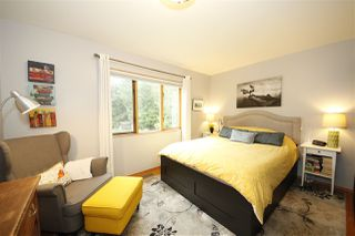 Photo 11: 41651 COTTONWOOD Road in Squamish: Brackendale House for sale : MLS®# R2329962