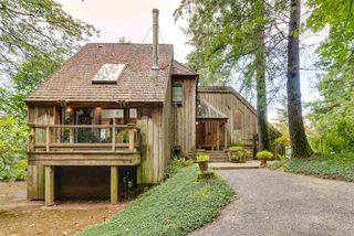 Main Photo: 43059 OLD ORCHARD Road in Chilliwack: Chilliwack Mountain House for sale : MLS®# R2335051