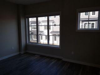 Photo 6: 17 1636 Kerr Road in Edmonton: Zone 27 Townhouse for sale : MLS®# E4142512