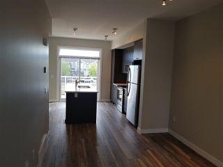 Photo 4: 17 1636 Kerr Road in Edmonton: Zone 27 Townhouse for sale : MLS®# E4142512