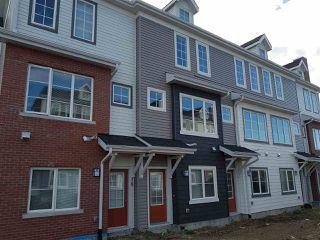 Photo 1: 17 1636 Kerr Road in Edmonton: Zone 27 Townhouse for sale : MLS®# E4142512