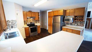 Photo 2: 10 HARCOURT Crescent: St. Albert House for sale : MLS®# E4143318