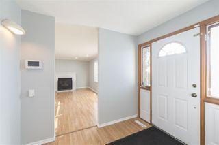 Photo 3: 11204 40 Avenue in Edmonton: Zone 16 House for sale : MLS®# E4143567