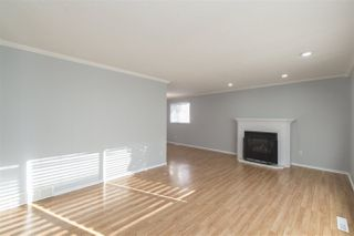 Photo 5: 11204 40 Avenue in Edmonton: Zone 16 House for sale : MLS®# E4143567