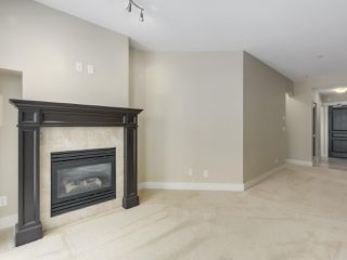 """Photo 6: 220 6279 EAGLES Drive in Vancouver: University VW Condo for sale in """"REFLECTIONS"""" (Vancouver West)  : MLS®# R2340550"""