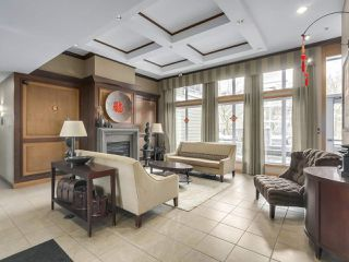 "Photo 2: 220 6279 EAGLES Drive in Vancouver: University VW Condo for sale in ""REFLECTIONS"" (Vancouver West)  : MLS®# R2340550"