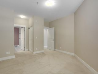 """Photo 14: 220 6279 EAGLES Drive in Vancouver: University VW Condo for sale in """"REFLECTIONS"""" (Vancouver West)  : MLS®# R2340550"""