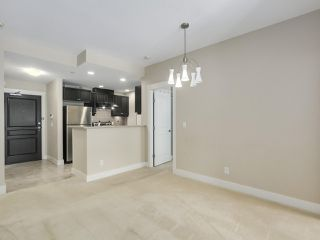 "Photo 7: 220 6279 EAGLES Drive in Vancouver: University VW Condo for sale in ""REFLECTIONS"" (Vancouver West)  : MLS®# R2340550"