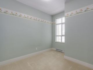 """Photo 12: 220 6279 EAGLES Drive in Vancouver: University VW Condo for sale in """"REFLECTIONS"""" (Vancouver West)  : MLS®# R2340550"""