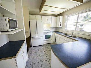 Photo 6: 2203 72 Street in Edmonton: Zone 29 House for sale : MLS®# E4146436