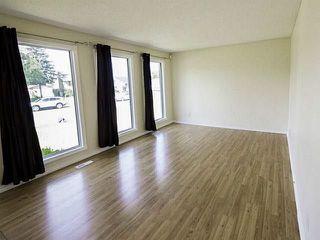 Photo 3: 2203 72 Street in Edmonton: Zone 29 House for sale : MLS®# E4146436